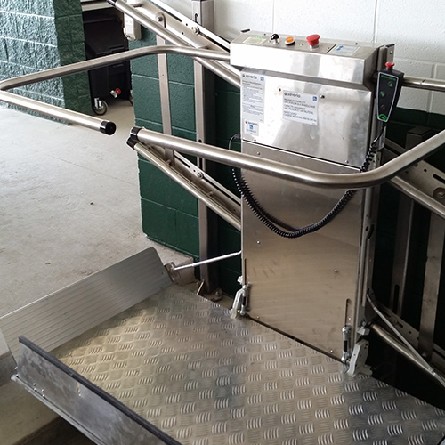 Commercial and Residential Straight Inclined Wheelchair Stair Lift